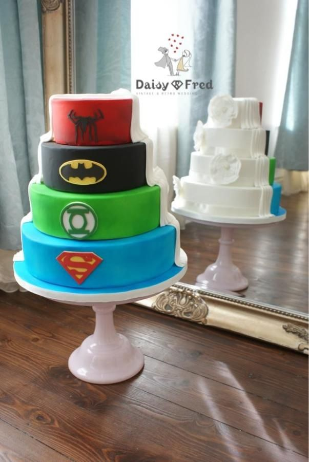 10 Half-Nerdy Wedding Cake Ideas - When Geeks Wed