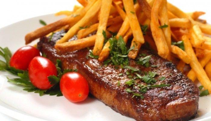 RESEP STEAK SAPI EMPUK DAN LEZAT     mungkin anda sering melihat iklan-iklan di TV yang menayangkan masakan steak sapi ala luar neger...