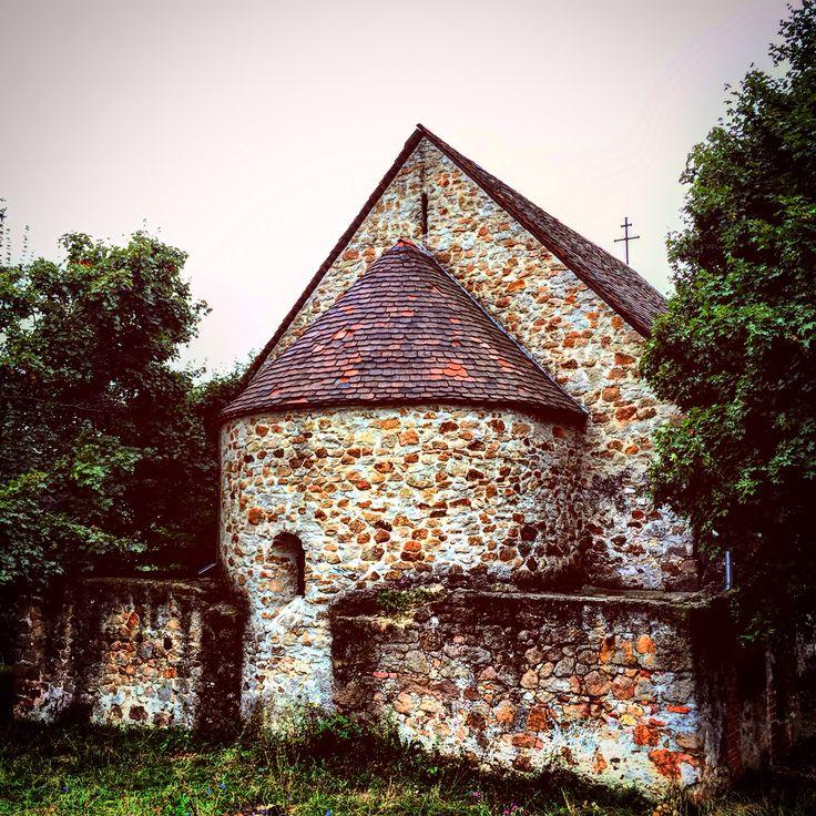 Egy 1500 körüli templom, Budapest határában. Gercse.