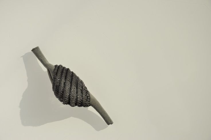 Frederique Coomans - Chrysalis brooch - expo TRANSMISSION: