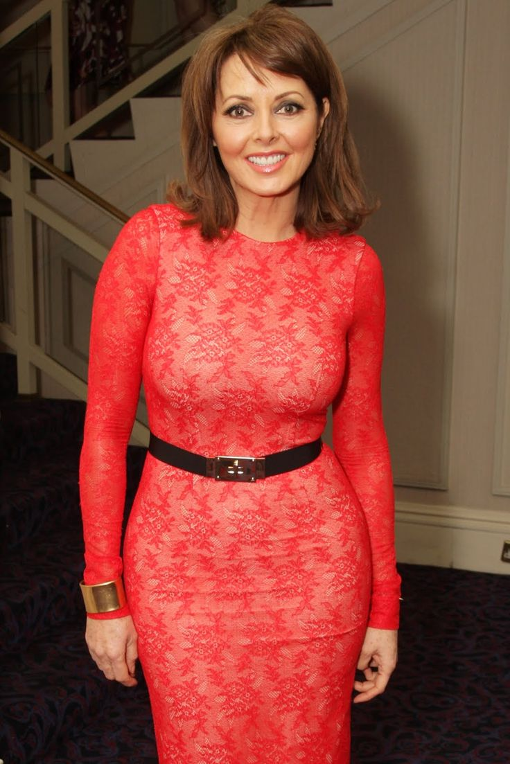 carol vorderman having a peedle