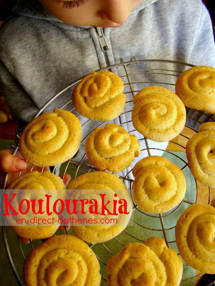 Cela fait des années que je suis fidèle à ma recette de koulourakia de Pâques que je fais en version chocolat, citron ou vanille. J'aime avant tout son croquant, et elle est très rapide à faire ! Et puis, les recettes défilent, dans les magazines, sur...