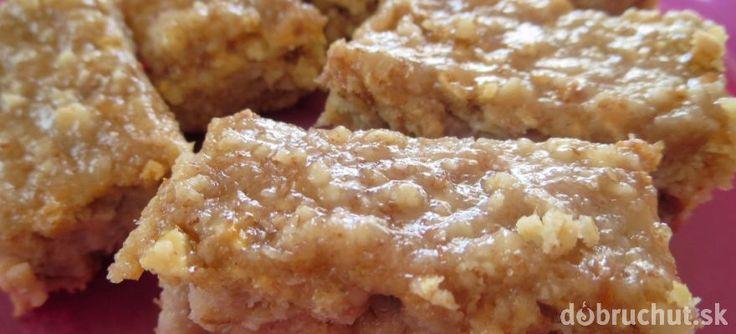 Fotorecept: Jablkový koláč z ovsených vločiek