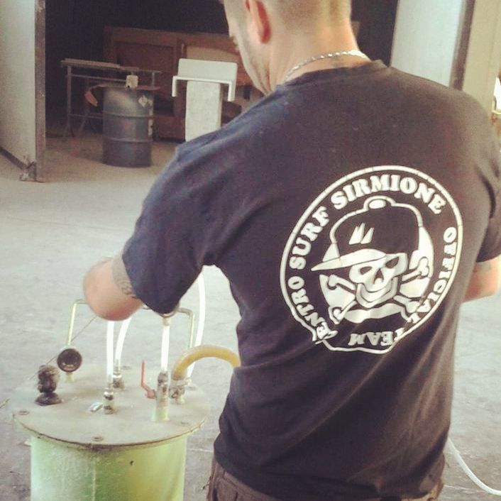#WINDSURF #WINDSURFSHOP #SURFSHOP #CENTROSURFSIRMIONE #GRUMELLI #SISKODESIGN #GARDALAKE #SIRMIONE #NOSEPROTECTION #NOSEPROTECTOR #BOARDREPAIR #REPAIR #WINDSURFREPAIR #SURFREPAIR #KITESURF #SUP #STANDUPPADDLE #CUSTOM #CUSTOMBOARD #SURF #HANDMADE #BOARDSERVICE #BOARDREPAIR #BOARDSREPAIR #CUSTOMBOARDS #CUSTOMMADE #RIPARAZIONI #SERVIZIO #RIPARAZIONIWINDSURF #RIPARAZIONEWINDSURF #REFITTING #ANTISKID #ANTISDRUCCIOLO #GRAFICA #SHAPE #BOARDS #SURFBOARD
