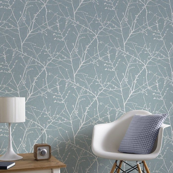A beautiful ombre mica sweeps through this tranquil natural twig design wallpaper, underpinned by a delicate calico fabric effect. This duck egg design is subtle enough to use across an entire room whilst still making a real colour statement.
