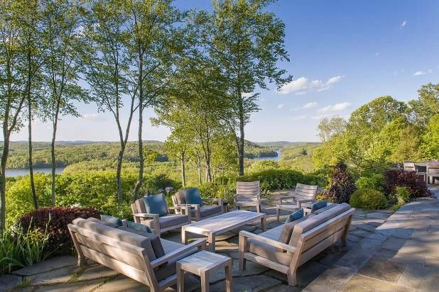 Bruce Willis Buys Bedford New York Home - See Inside Bruce Willis's Upstate New York Estate - Redbook