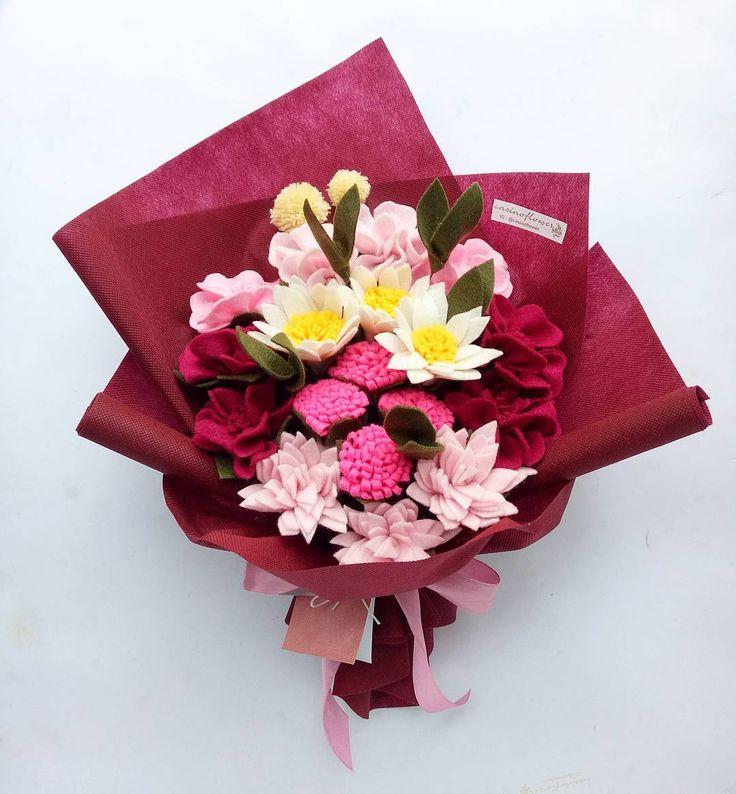 ❤❤❤ . . . . . . . . #bungaflanelpku#bungaflanel#bungaflanelmurah#pekanbaru#bunga#bungamurah#buket#buketflanel#handbouquet#hadiahwisuda#hadiahyudisium#gift#hadiahmurah#pkulover#bungagrosir#unri#uin#uir#padang#jakarta#medan#riau#bekasi#indonesia#infopekanbaru#inforiau#pkulover#bungaflanelcantik#interpreneur#feltflowers
