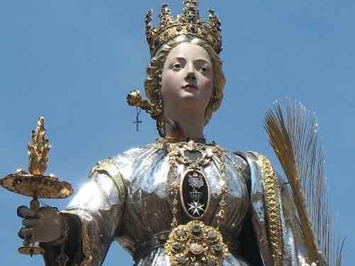 December 13, Saint Lucia: the great protector of view of history and legends