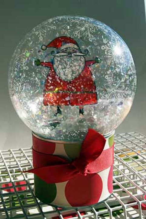 16 best snow globes and water globes images on pinterest for Easy homemade christmas snow globes