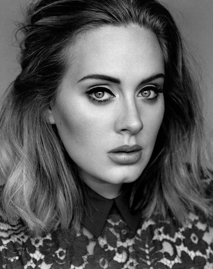 Adele Laurie Blue Adkins In 2020 Adele Songs Adele Singer