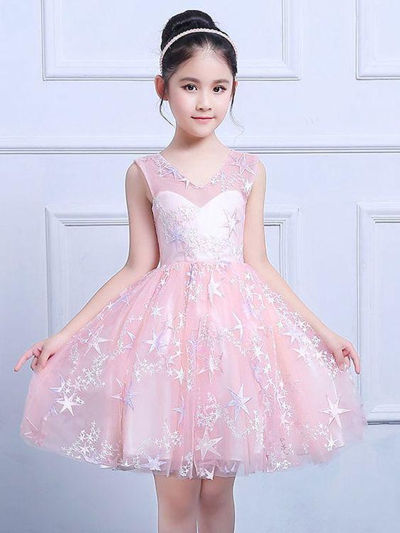 56b56615b Vestidos de Niñas Elegantes para Fiesta ➤ Ideas con Imágenes