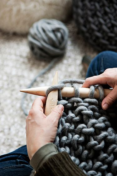 giant knitting - desire to inspire - desiretoinspire.net - A handmade home