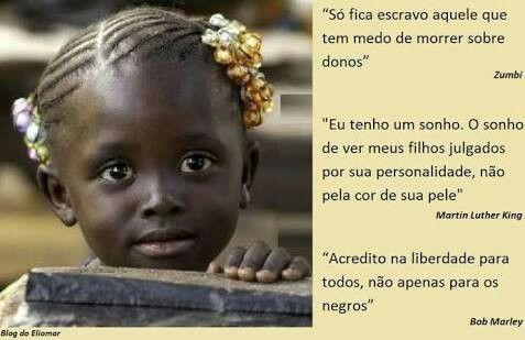 A pele é como uma roupa,  a essência é igual em todas as raças. Viemos de um único Pai, então somos irmãos e se somos então vamos semear amor e acabar com o racismo. Estamos no século XXI