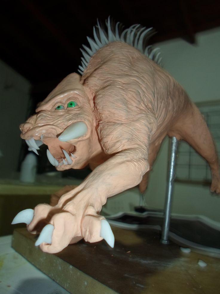 Modelado de criatura salvaje alienigena.