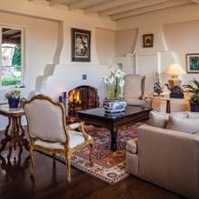 This Living Room Was Once An Artist Homeowners Studio Phgmag Adobe