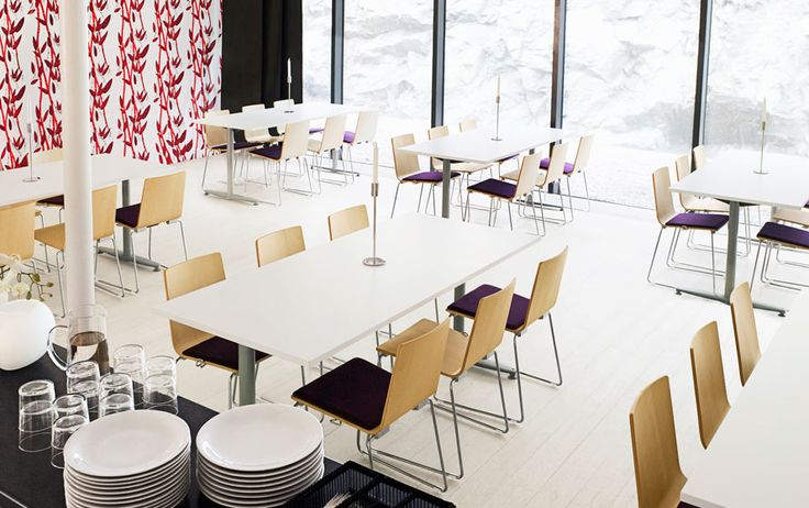 Design and Specify, office design, office furniture, Leeds, Yorkshire, training room, office, break out, dining, reception, meeting room,