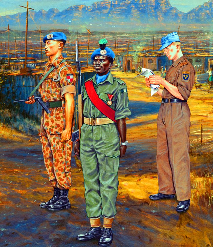 Indonesian paratrooper, Nigerian Rifles and Swedish infantryman of the UN Contingents