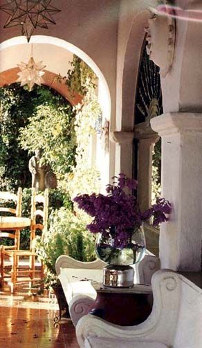 San Miguel de Allende.  MEXICO. scale is important and difficult to have.   pillars, high ceilings large arches make this scene