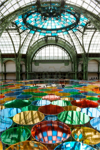Domenique Mora : Daniel Buren Excentrique's At The Monument Grand Palais In Paris