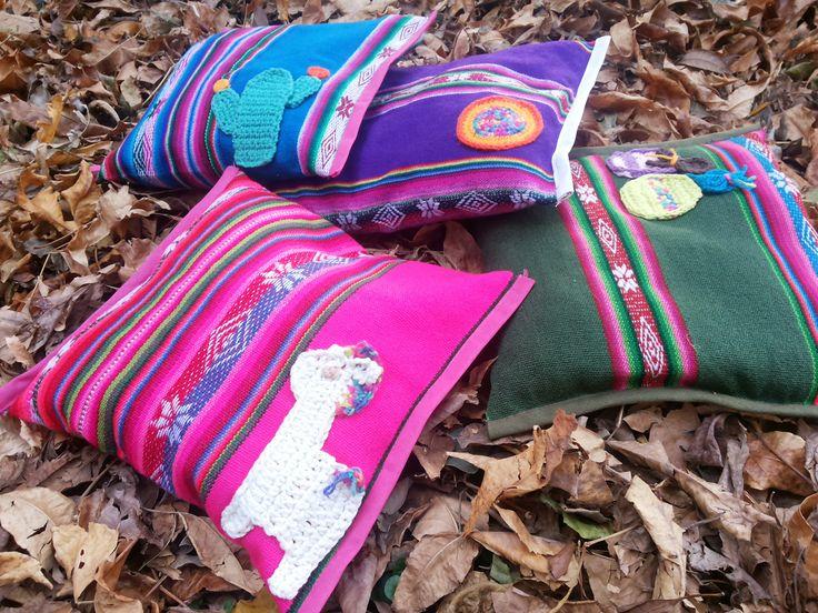 Almohadones de aguayo con detalles en crochet . Medidas 0.26 X 0.30cm