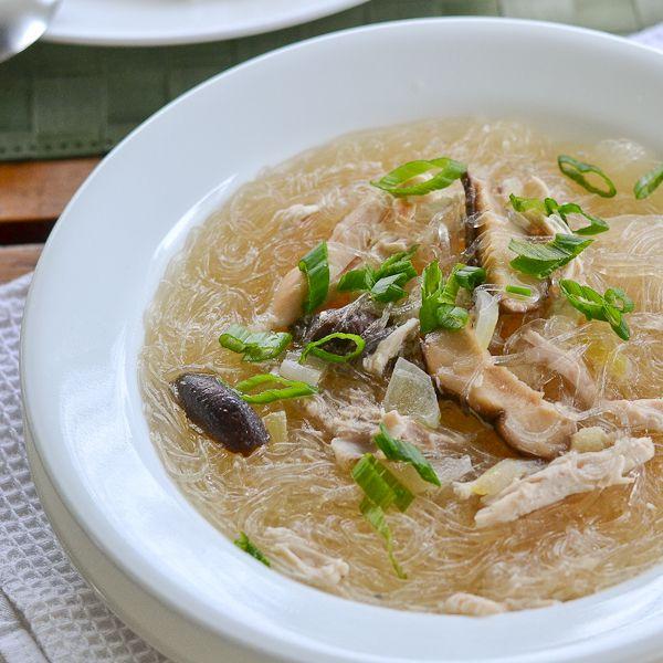 Chicken Sotanghon Soup (Filipino Style Chicken Bean Thread Noodle Soup) - Salu Salo Recipes