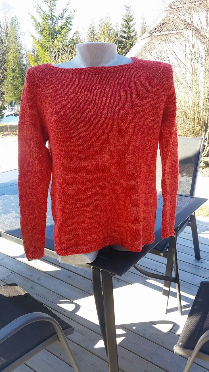 Nina summer sweater. Knitted in Blød bomuld from Hjertegarn