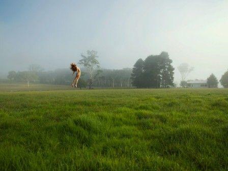 """""""tu ne lanceras pas de femme dans les champs"""" (photo : Toby Burrows)"""