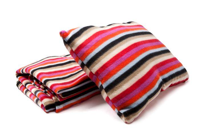 Fleece set of blanket & pillow #fleece #pillow #blanket #gift #gifts