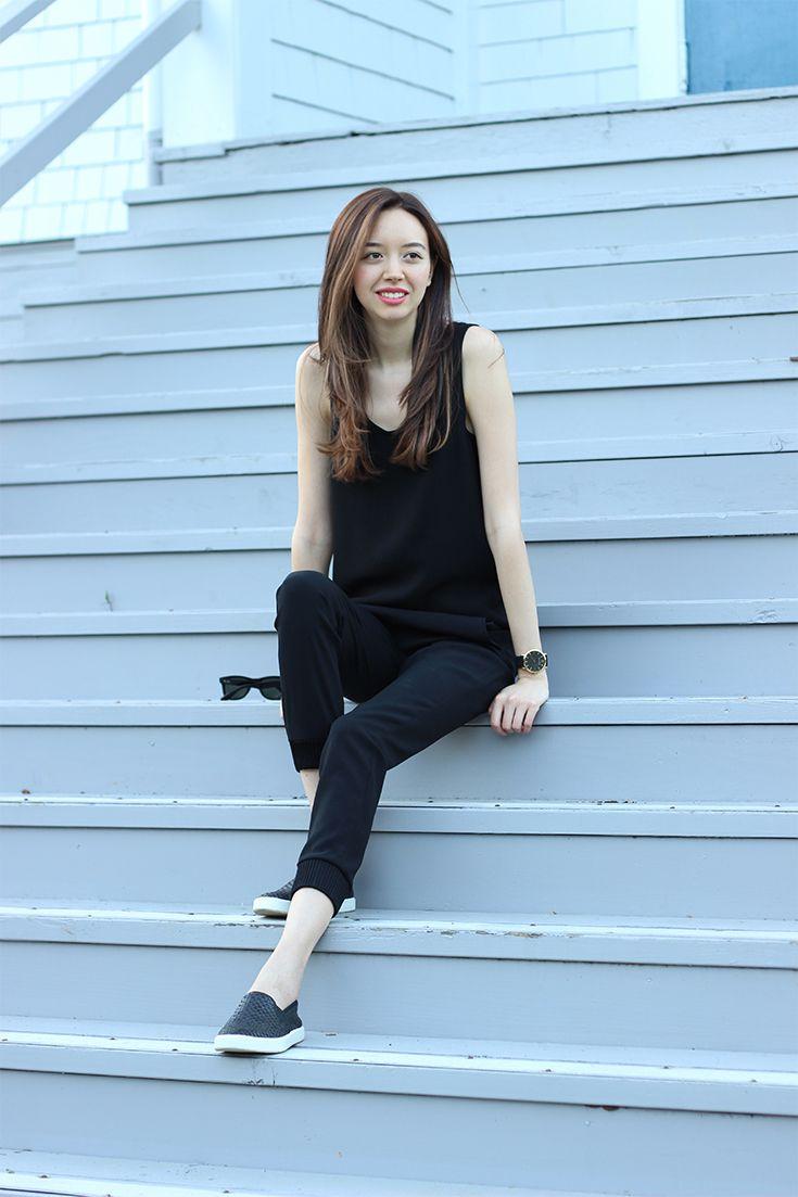 Jumpsuit / All black outfit  |  emiliechevrier.com