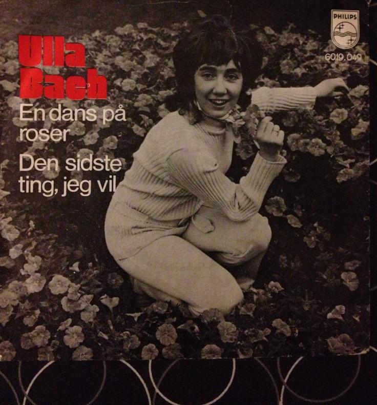 En dans på roser - Ulla Bach