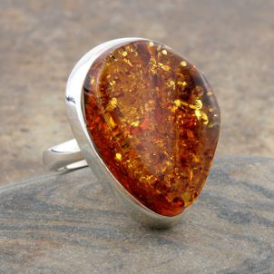 amber - my all time favorite go to jewelry.  Mix with turquoise for wellness & mood enhancement. Pammy