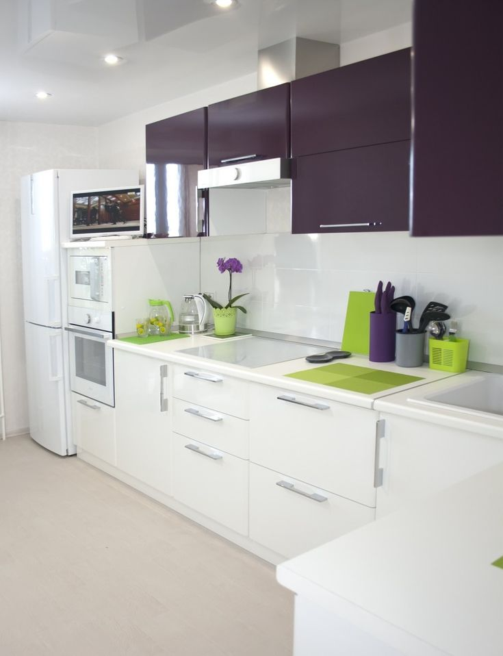 Красивая кухня фото, белая кухня с яркими акцентами