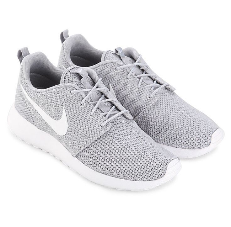 Gray Rosherun by Nike. Roshe Run is a clean and classic casual running shoe with a touch of retro style, upper mesh with wolf grey color and white sole, almond toe, lace up, perfect running shoes to complete your sporty look. http://www.zocko.com/z/JJPfL