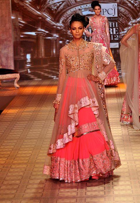 manish-malhotra-delhi-couture-week