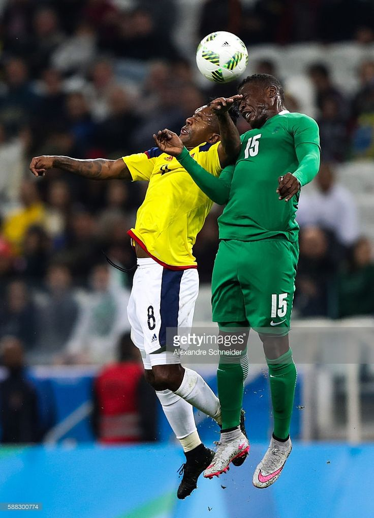 Dorlan Pabon (L) of Colombia and Sadiq Umar of Nigeria in action during the match between Colombia and Nigeria mens football for the Olympic Games Rio 2016 at Arena Corinthians on August 10, 2016 in Sao Paulo, Brazil.