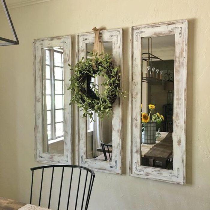 Shabby Style Spiegel An Der Wand Mit Rahmen Aus Holz Grau Weiss