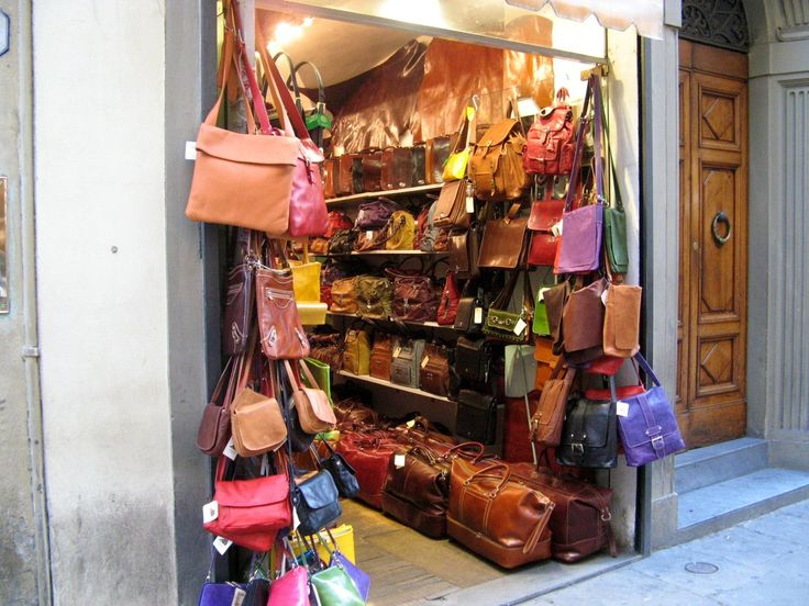 Top Places to Buy Italian Leather in Florence: Where to go in Florence for Italian Leather