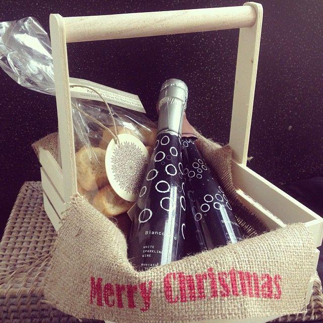 Basket #greek #christmas #gift # packaging