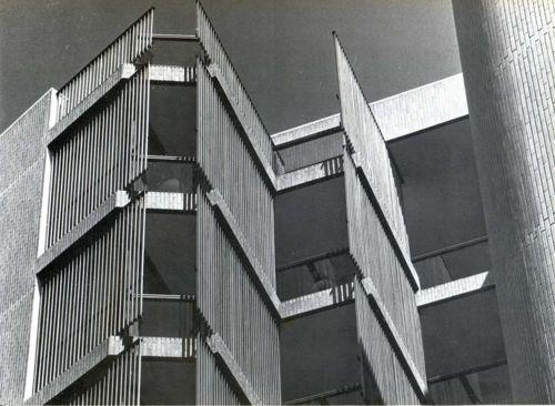 CODERCH, José Antonio: Edificio Girasol, Madrid, 1964-1966.