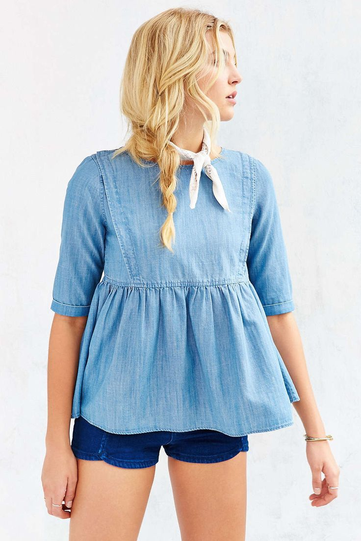 BDG Babydoll Chambray Top - Urban Outfitters                                                                                                                                                     Más