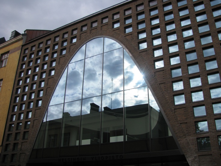 Kaisa Library, Helsinki University, opened late 2012. Another street entry - reflective glass and brickwork, sinuous shapes.