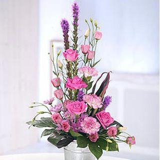 pretty floral arrangements contemporary flowers flowers buy delivery - Floral Design Ideas