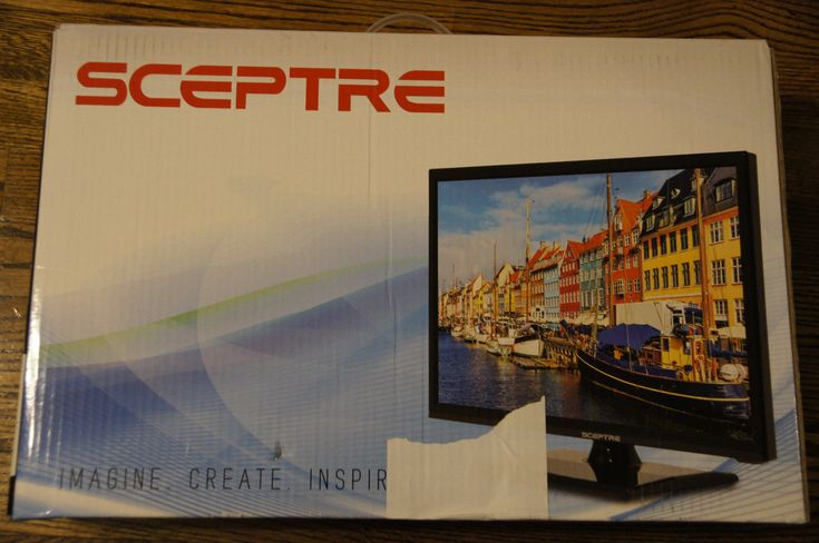 New 19 inch Led Tv with DVD player HD Combo HDTV 720p 60Hz TV/DVD Sceptre 19""
