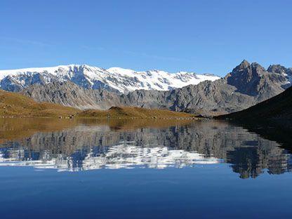Qu'est-ce que le #reposultime ? C'est par exemple un séjour dans un #camping de #Savoie situé à 5 minutes des thermes de #BrideslesBains et à 30 minutes du Parc Naturel de la #Vanoise !      Découvrez le camping La Piat et ressourcez-vous pleinement dans une ambiance conviviale, familiale et #nature :  https://campingqualite.com/campings/camping-la-piat/      #Alpes #label #campingqualité #holidays #France #campsite #travel #outdoors #campinglife #relax #zen #thermes #PaysdeSavoie…