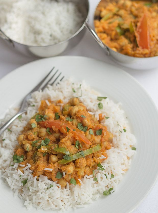This tasty vegan vegetarian healthy chickpea curry is low cost, low calorie and extremely filling. It also provides a huge amount of daily dietary fibre.