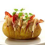 Verrassend, veelzijdig én snel klaar. Dat is wat de aardappel zo uniek maakt. En niet alleen voor klassieke recepten. De aardappel is zo veelzijdig dat je er heerlijk mee kan experimenteren.