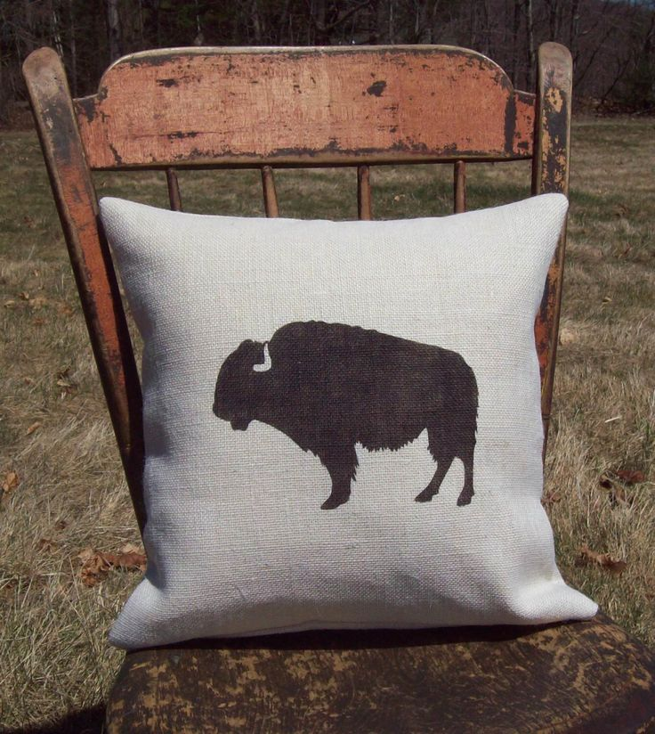 Buffalo Pillow Cover, Buffalo Silhouette Decorative Pillow, Burlap Pillow, Rustic Cabin Lodge ...