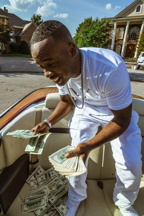 Thinking bout millions, sum I ain done yet..Nomo thinking bout thousands cuz I already done that!