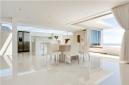 White bliss - Aquatic Villa, Camps Bay.