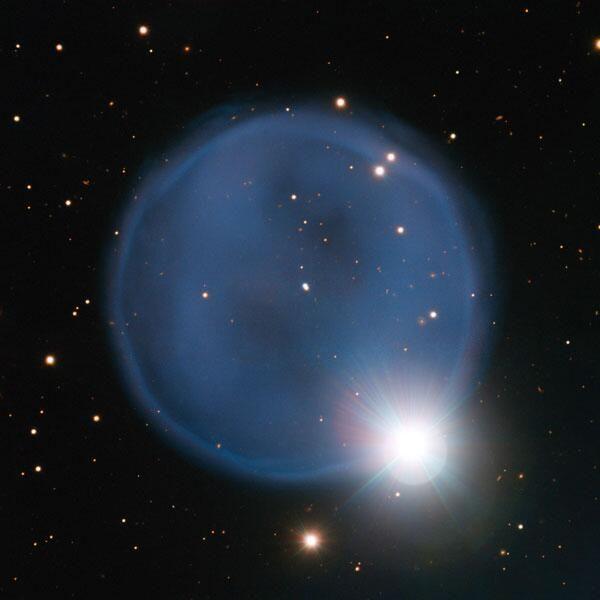 Ja, ik wil...die foto zien! Astronomen kieken enorme verlovingsring in de ruimte -> http://www.scientias.nl/ja-ik-wil-die-foto-zien-astronomen-kieken-enorme-verlovingsring-de-ruimte/99641… pic.twitter.com/TiiYy4IBrK